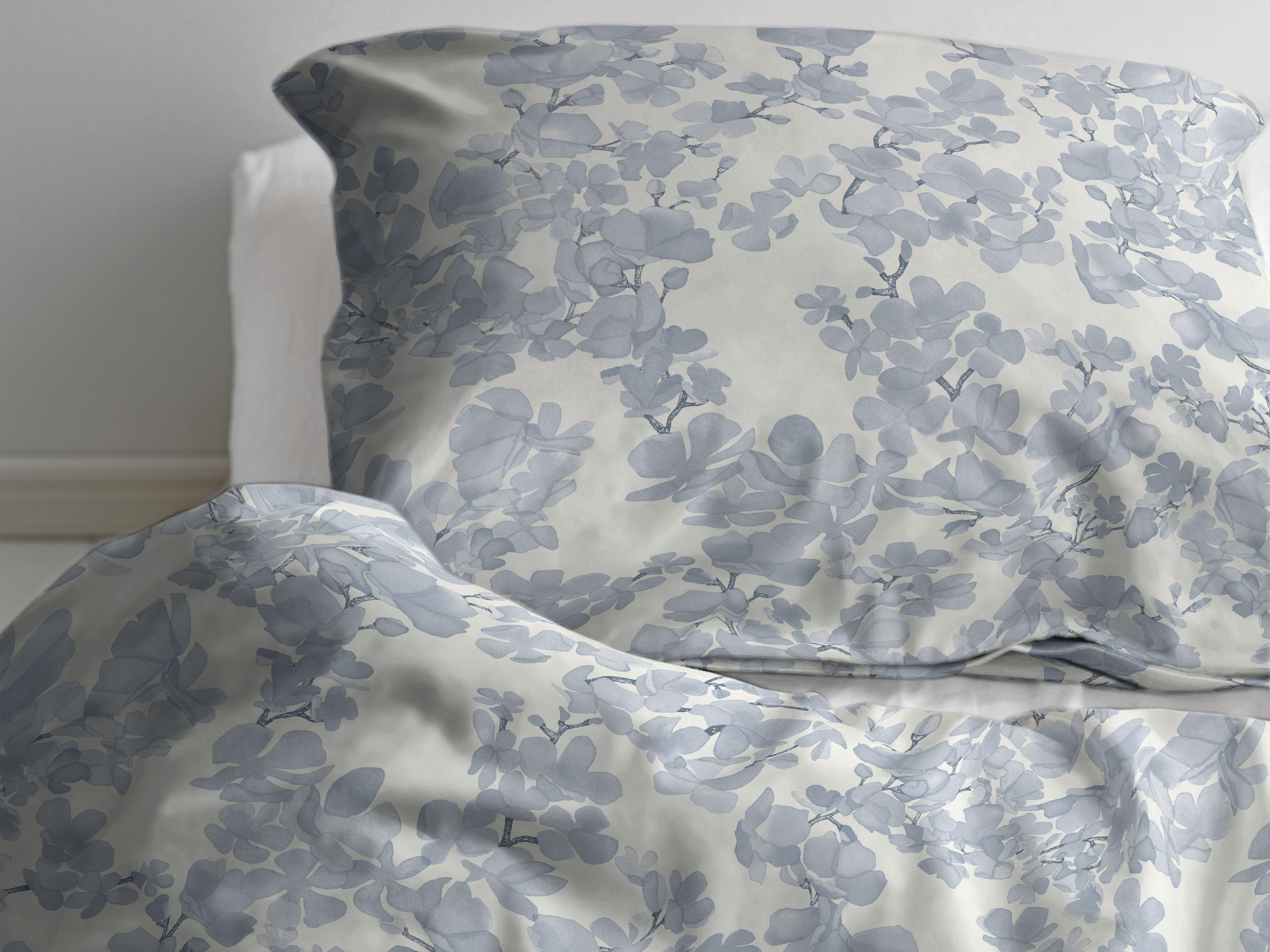 Picture of: Sodahl Blossom Sengetoj 200 X 220 Linen Blue
